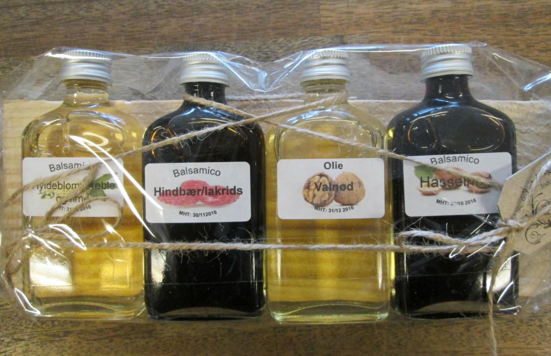 Balsamico og olie på bræt