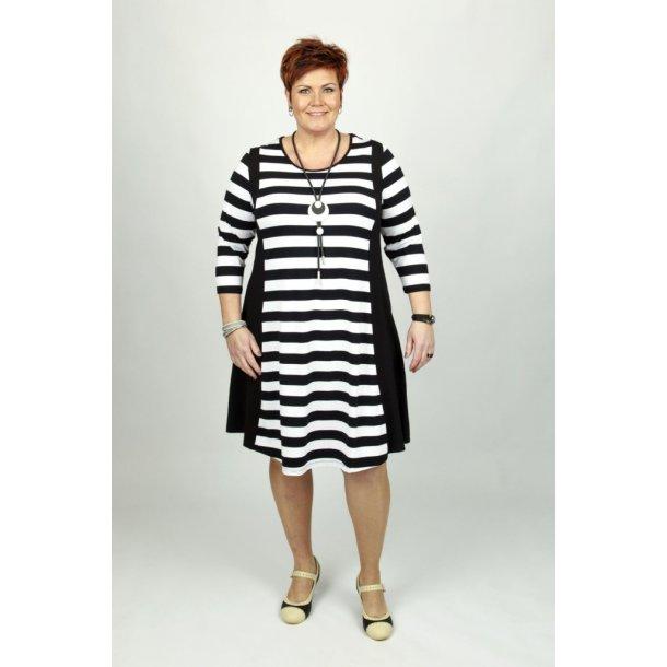 Kanok - Kjole - Mette White Stripe