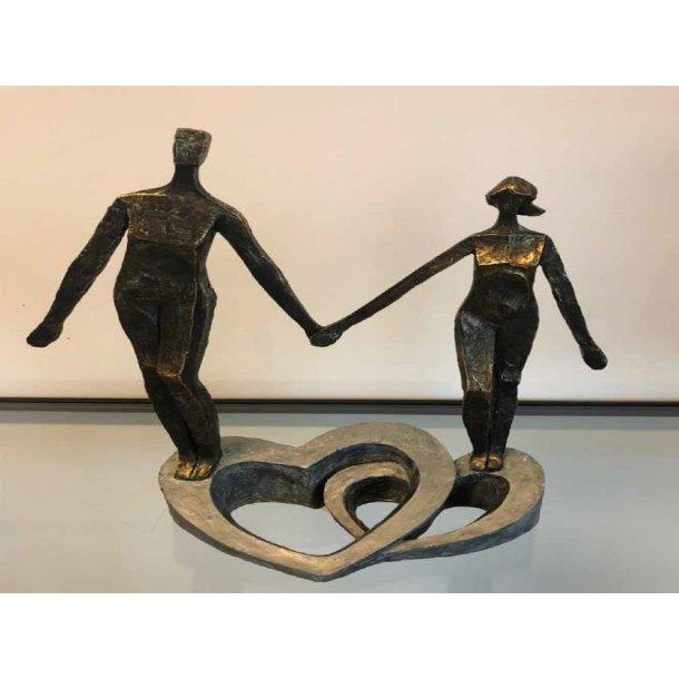Figur – Par stående på dobbelt hjerte